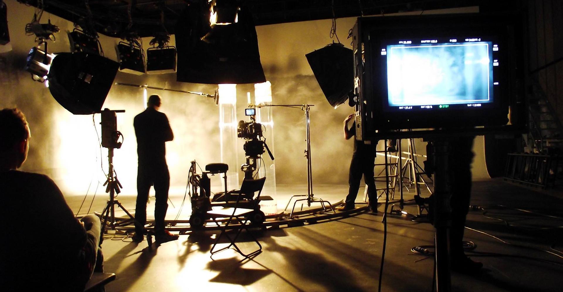 La squadra di Arance Meccaniche sul set di un film